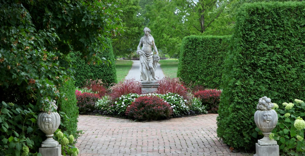 Beautiful gardens & statues at the Toledo Botanical Garden in Toledo Ohio